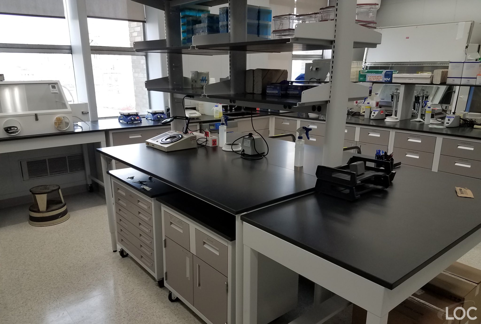 Lab Workstations, Adaptable Table Systems | LOC Scientific