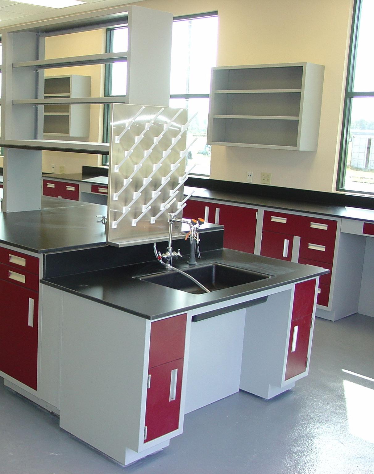 Laboratory Countertops & Sinks | LOC Scientific
